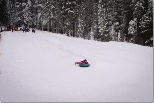 100T SnowTubing-0012